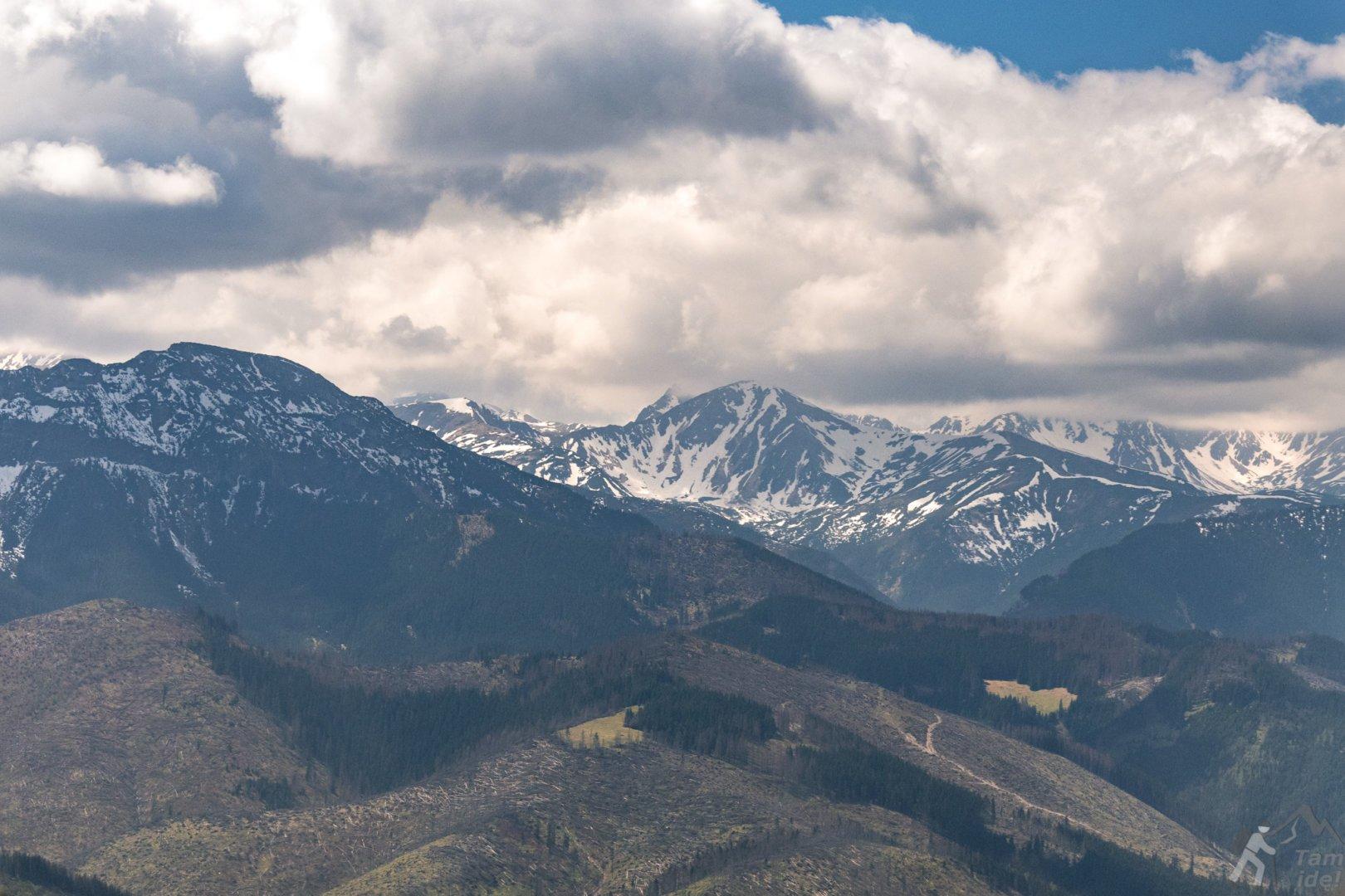 Tatry Zachodnie widziane znad Zakopanego