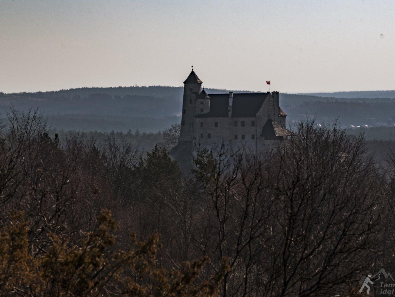 Zamek w Bobolicach widziany z Grzędy Mirowskiej