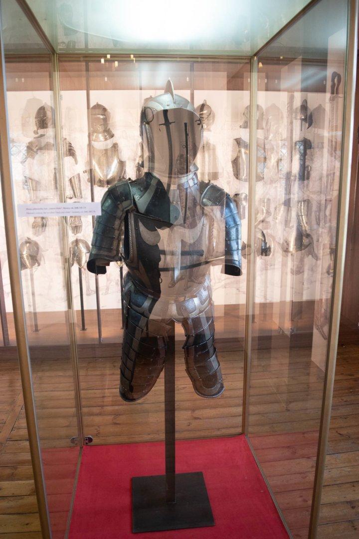 Zamek w Będzinie posiada bardzo bogatą kolekcje zbroi i uzbrojenia