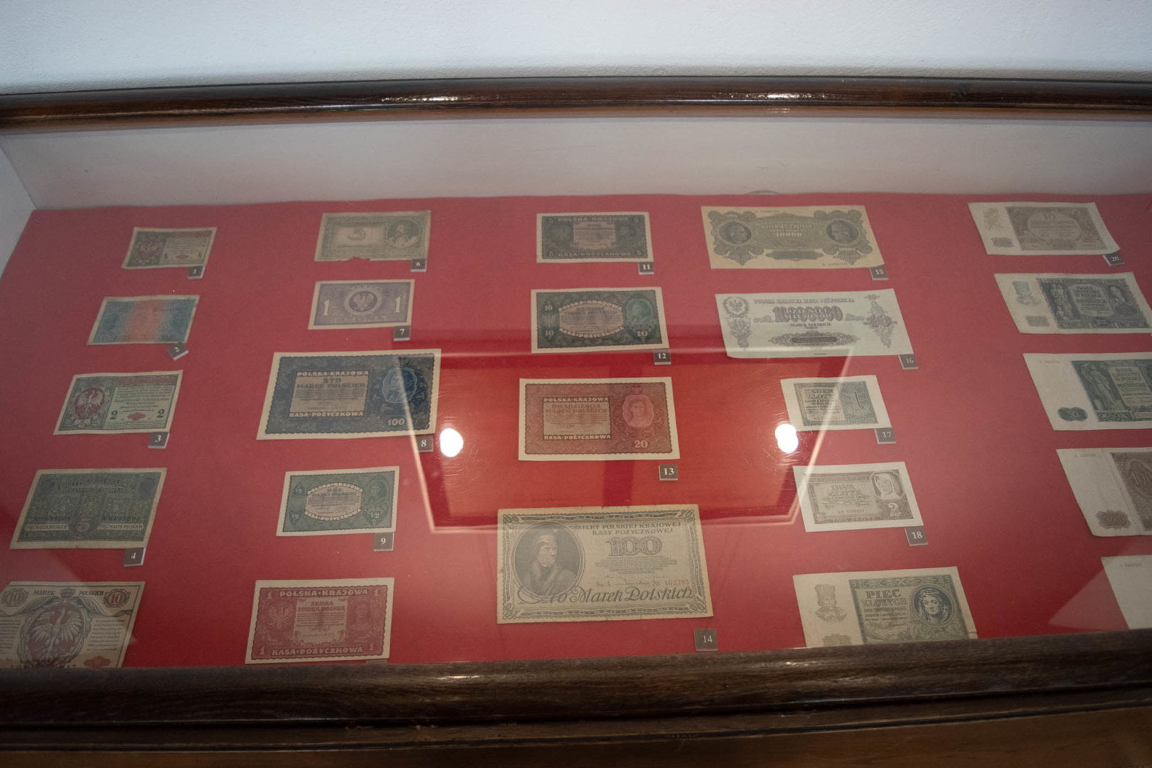 Wystawa banknotów na zamku w Będzinie