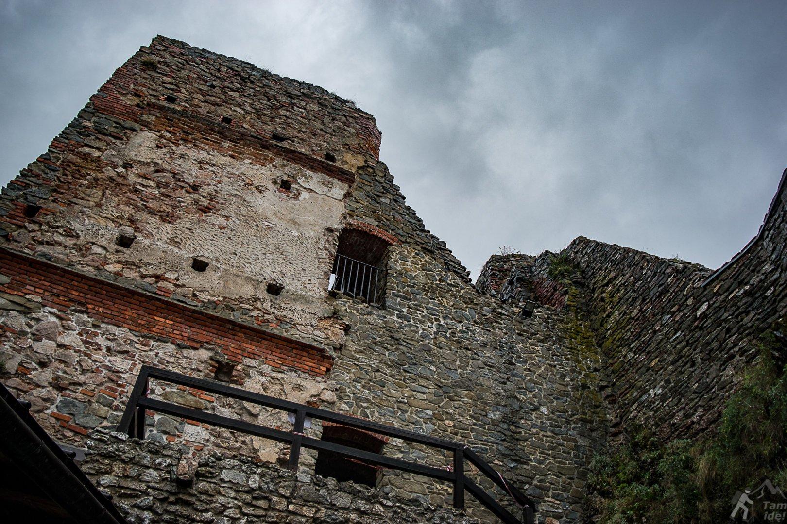 Zamek w Czorsztynie - renesansowa baszta Baranowskiego