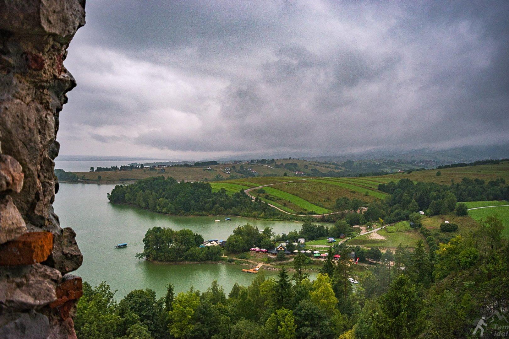 Widoki na jezioro Czorsztyńskie